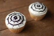 14-creative-and-easy-last-minute-halloween-treats-2-21314-1414683823-42_big